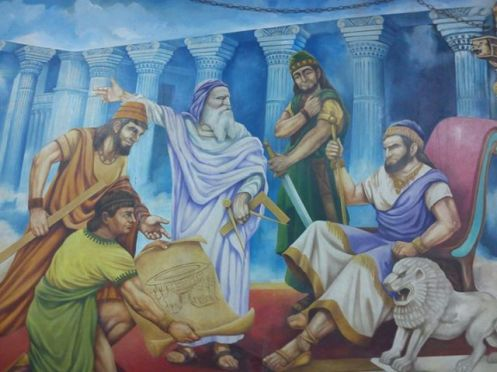 Salomão e Hiram Abiff, no apogeu do reinado salomônico, na pintura nota-se a presença também dos 3 rufiões, assassinos de Hiram.